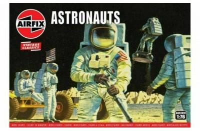 1/76 Astronauts