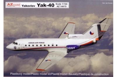 1/144 Yakolev Yak-40