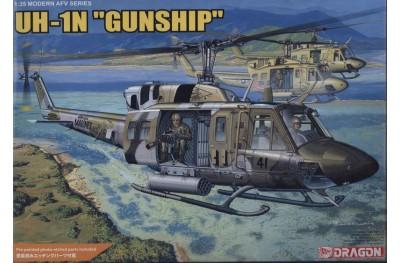 1/35 UH-1N Gunship