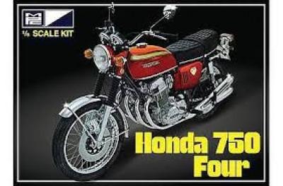1/8 Honda 750 Four motorcycle