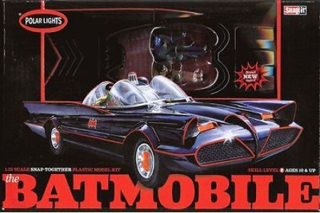 1/25 Batmobile w/ 2 figures (prebuilt)