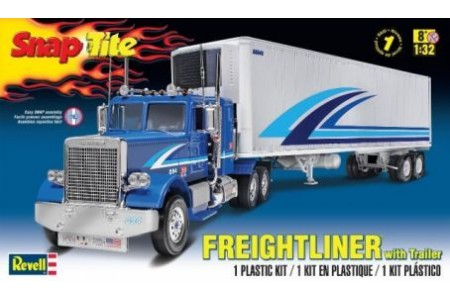 1/32 Freightliner and trailer