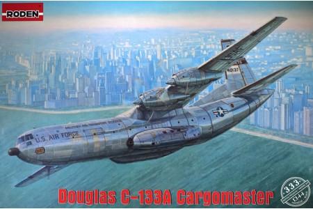 1/144 Douglas C-133A Cargomaster in Vietnam