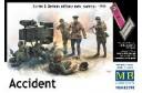 1/35 Accident Soviet and German infantrymen