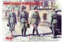 1/35 German staff personnel