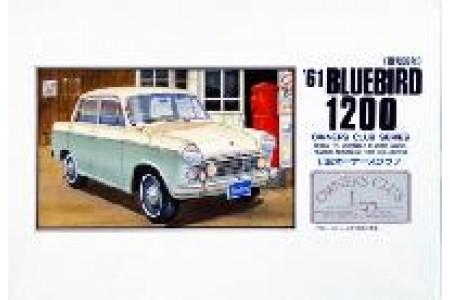 1/32 (1/35) NISSAN BLUEBIRD 1961