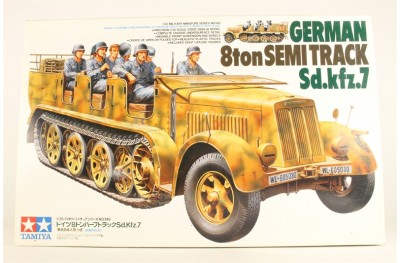 1/35 German 8 ton semi track Sdkfz 7