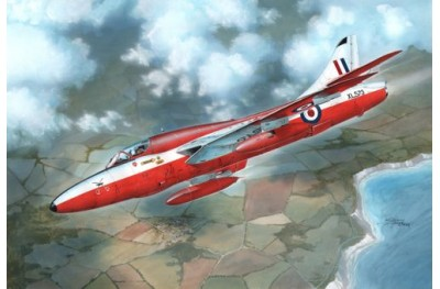 1/72 Hawker Hunter T 7 (two seater)