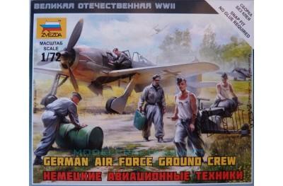 1/72 German airforce ground crew
